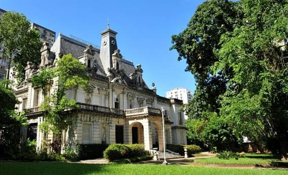 Palacete Linneo de Paula Machado, sede da CASACOR Rio em 2011