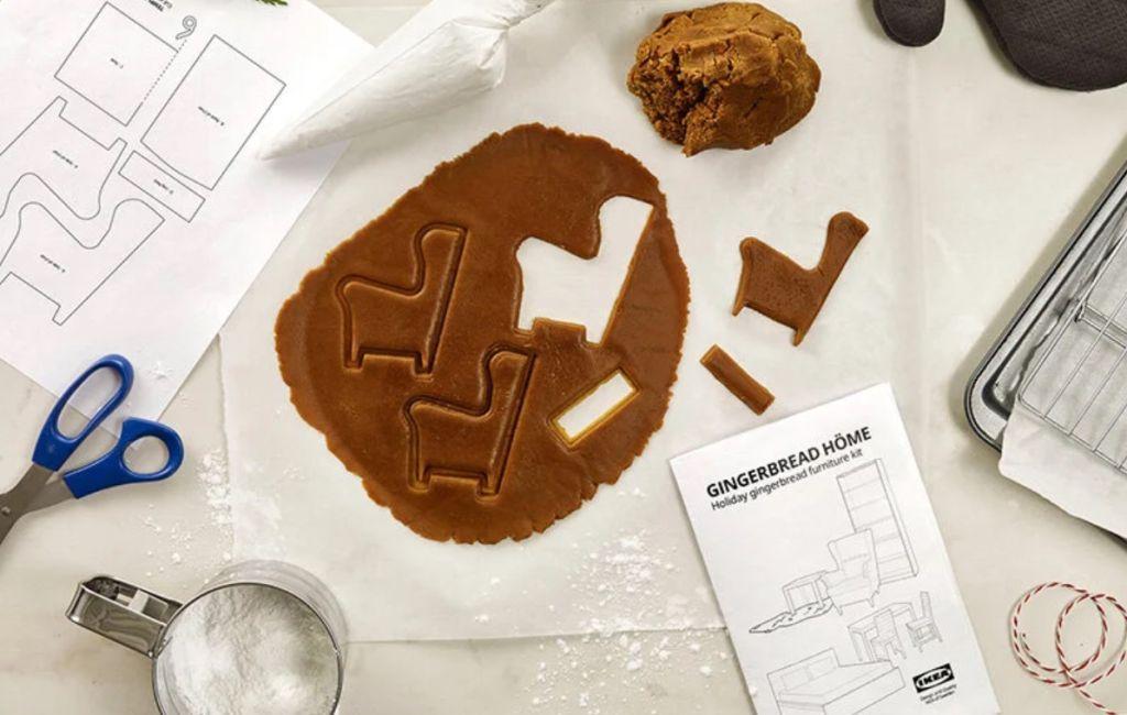 Massa de biscoito sendo cortada e preparada de acordo com as instruções da IKEA