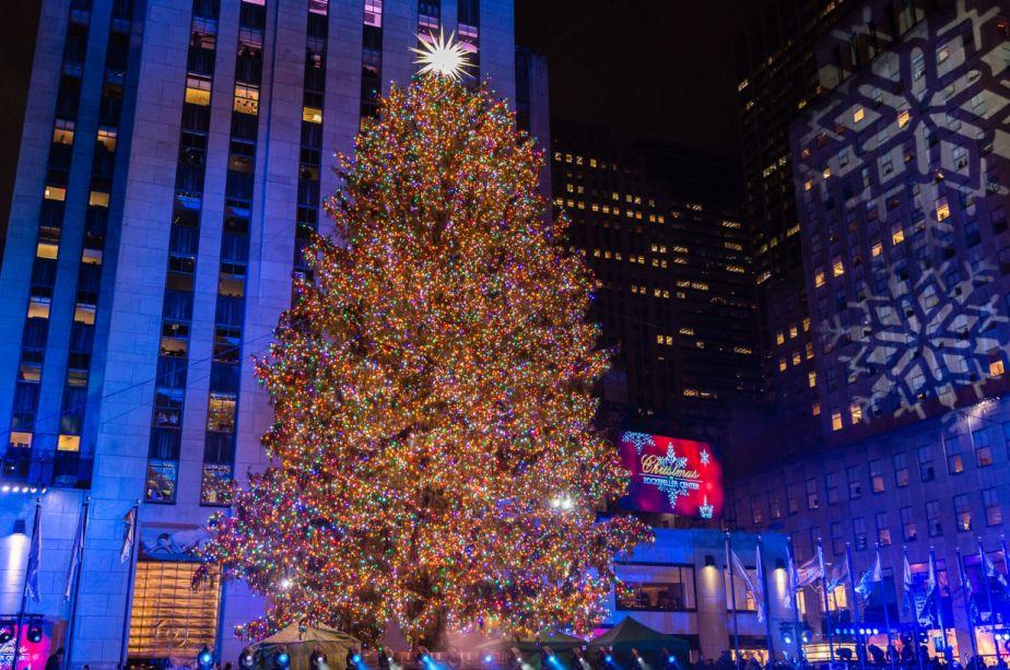 Tradicional árvore de Natal do Rockefeller Center, em Nova York