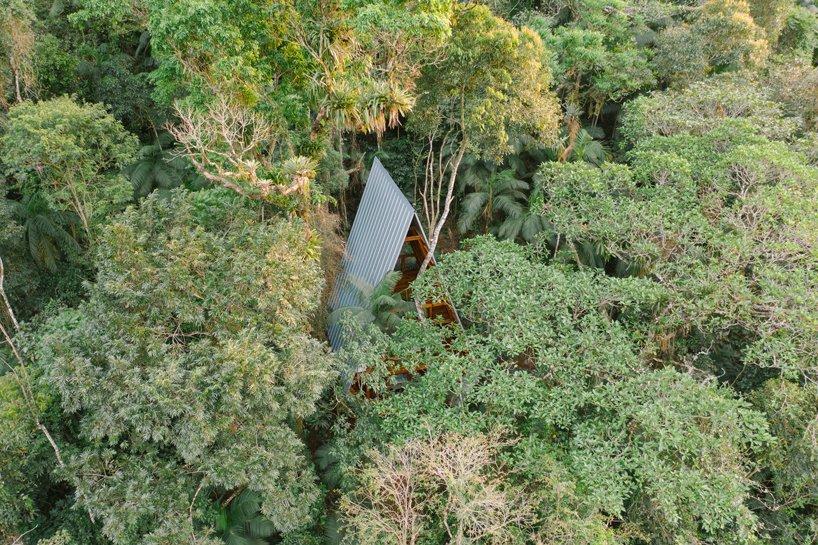Visão aérea da Casa dos Macacos em Paraty