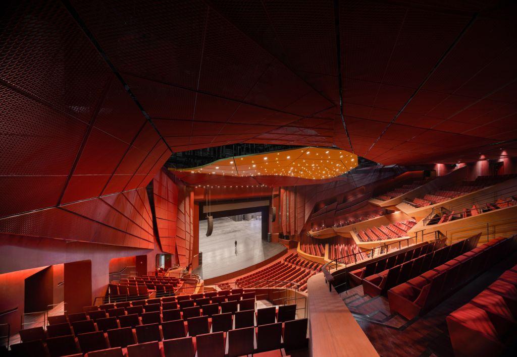 Teatro dentro do Suzhou Bay Cultural Center