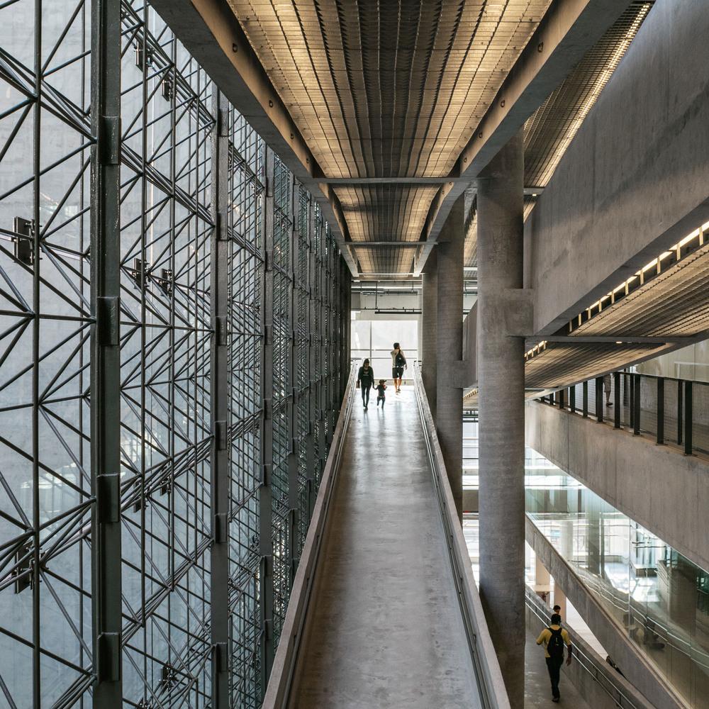 arquitetura prédio icônico são paulo sesc 24 de maio paulo mendes da rocha