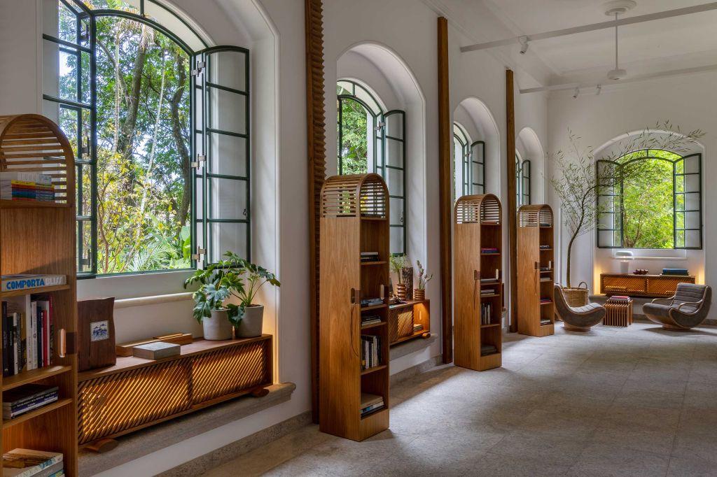 casacor rio de janeiro 2021 rj ambientes decoração arquitetura mostras lia felipe betina siqueira espaço iii pequena sala de estudos