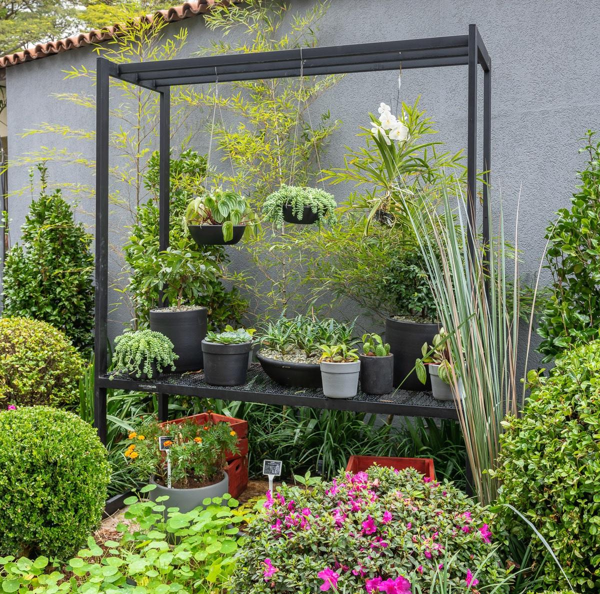Jardins com vasos - Roberto Riscala - CASACOR