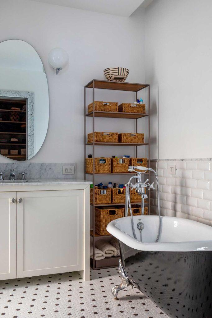 casa horto mauricio nobrega casacor foto andre nazareth fachada rio de janeiro casacor 2021 casa construção arquitetura banheiro branco ladrilho decoração