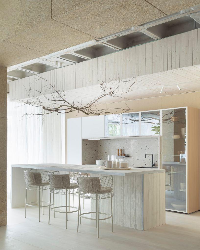 cozinha com ilha de Juliana Pippi casacor Santa Catarina 2019