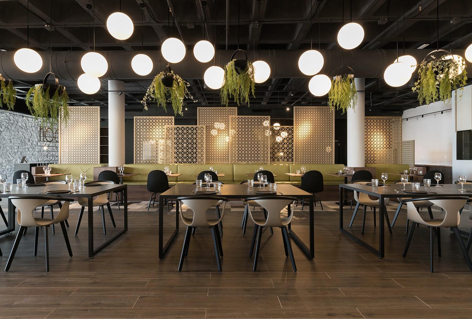 Restaurante espanhol possui arquitetura inspirada em dragão de 100 cabeças