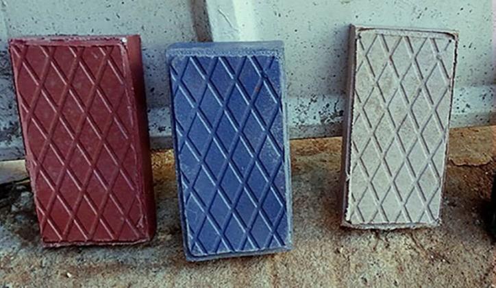 tijolos mais resistentes que concreto feitos em plástico