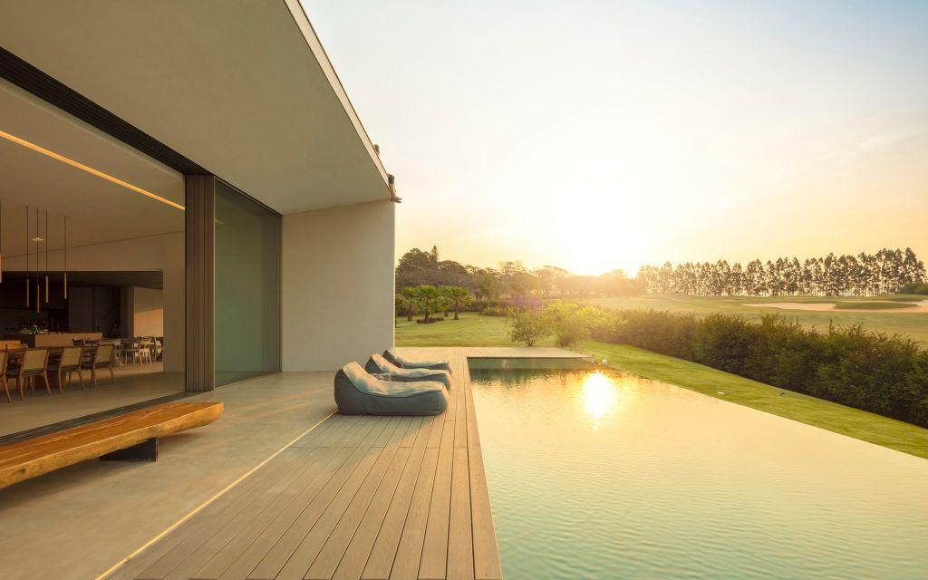 amanhecer do sol na área externa da casa JY