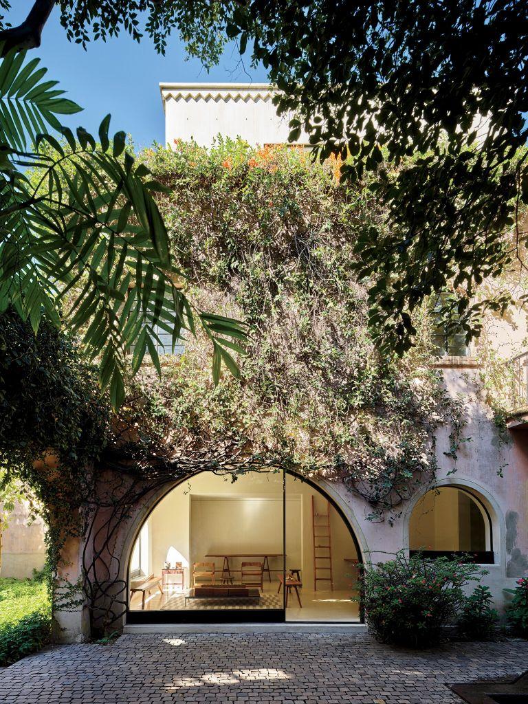 Uma vista do exterior da Casa Aranguren