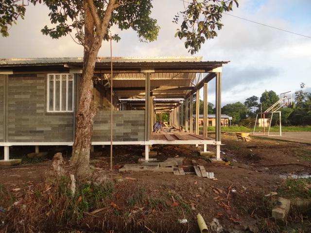 casa sustentavel bloco plastico