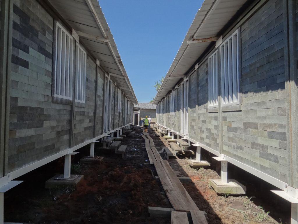 tijolos plasticos na construcao de casas sustentaveis