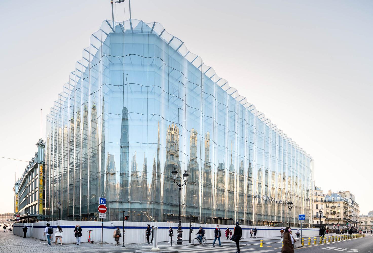 La Samaritaine, Paris, reabertura, escritório SANAA, vidro ondulado