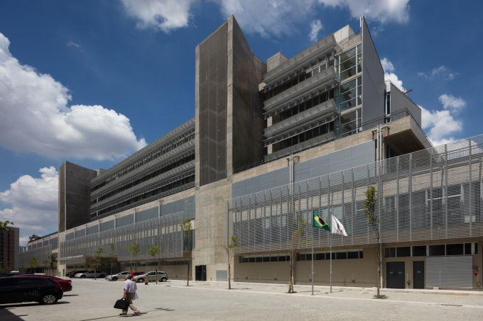 hospital-publico-de-emergencia-de-sao-bernardo-do-campo-spbr-arquitetos-1