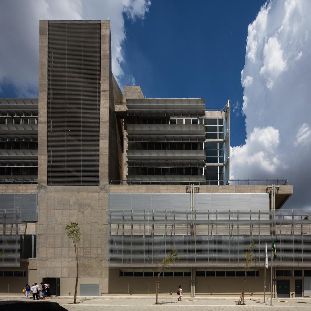 obra do ano vencedores spbr arquitetos primeiro lugar arquitetura construção Brasil hospital São Bernardo do Campo projeto