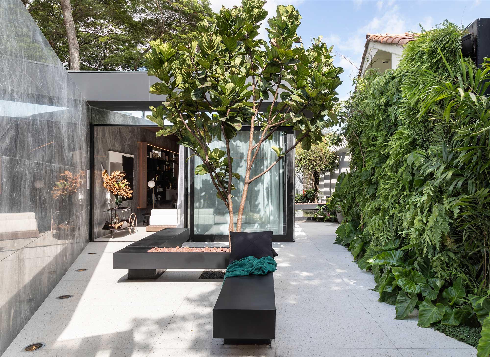 jardim dos sentidos bia abreu casacor sao paulo 2019 jardim vertical varanda minimalista