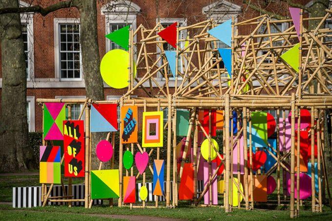 morag-myerscough-bamboo-installation-grosvenor-square-designboom-03