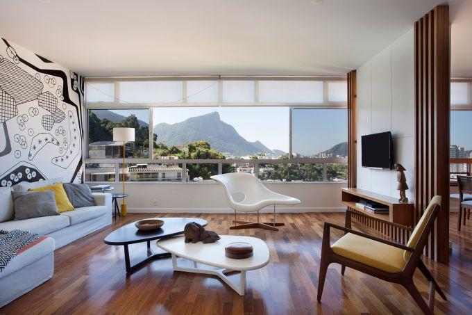 Área-social-de-um-apartamento-no-Alto-Leblon-assinado-pela-arquiteta-PATRICIA-MARINHO-_-foto-7