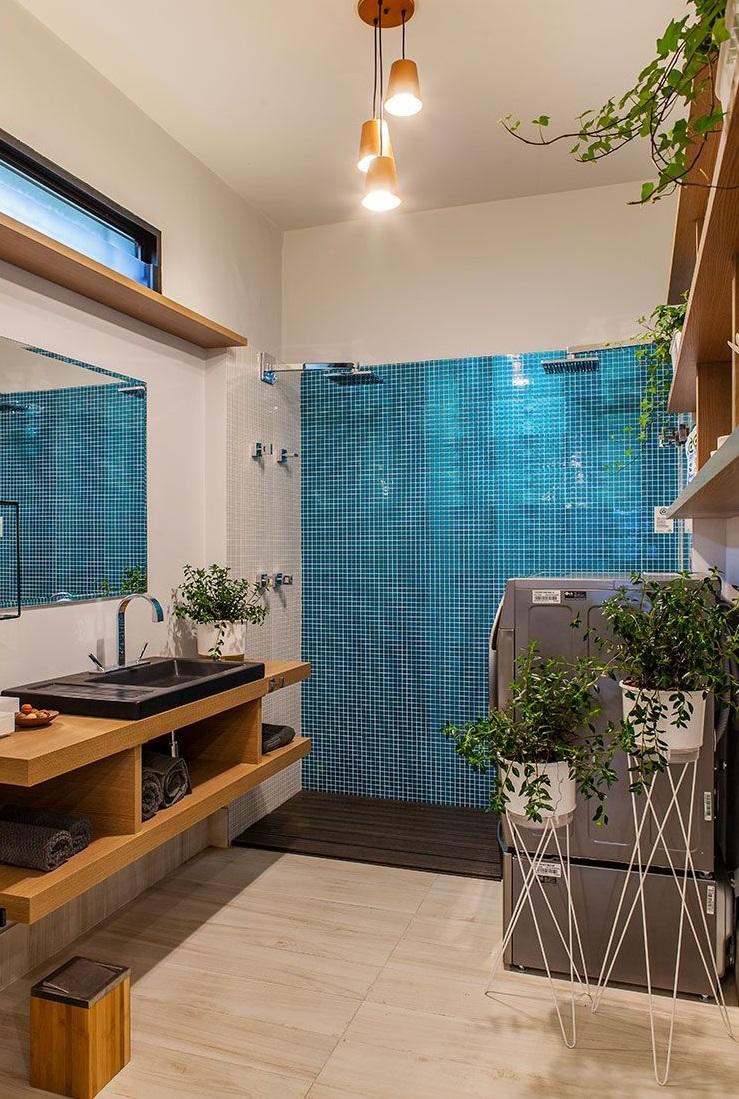 Casa Sustentável Leroy Merlin, assinada pelas arquitetas Gabriela Lotufo e Larissa Oliveira para a CASACOR São Paulo 2018