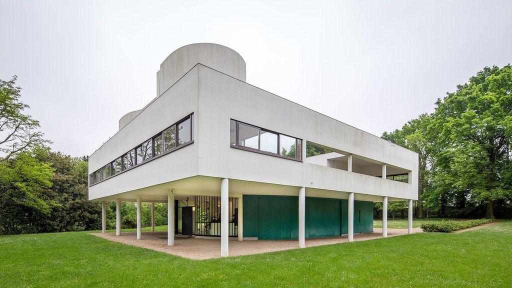 Villa Savoye, 1931, Paris, FR - Le Corbusier