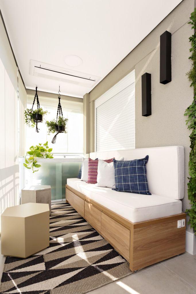 Apartamento com varanda e soluções inteligentes