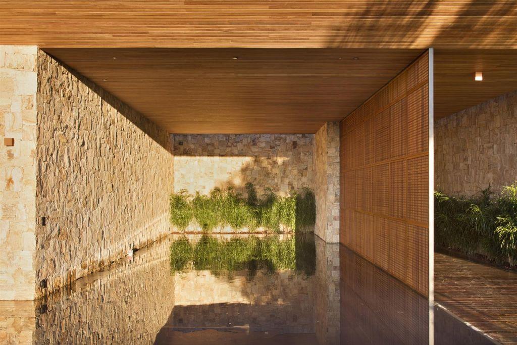 Casa de Fazenda no Rio de Janeiro foi assinada por Intown Arquitetura