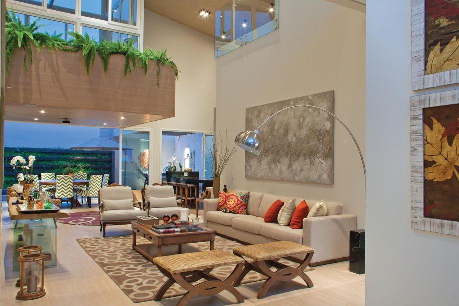 A Gadia House faz parte do projeto-piloto da GBC Brasil – Referencial Casa, e foi premiada, em 2014, no I Prêmio Saint-Gobain – Habitat Sustentável.