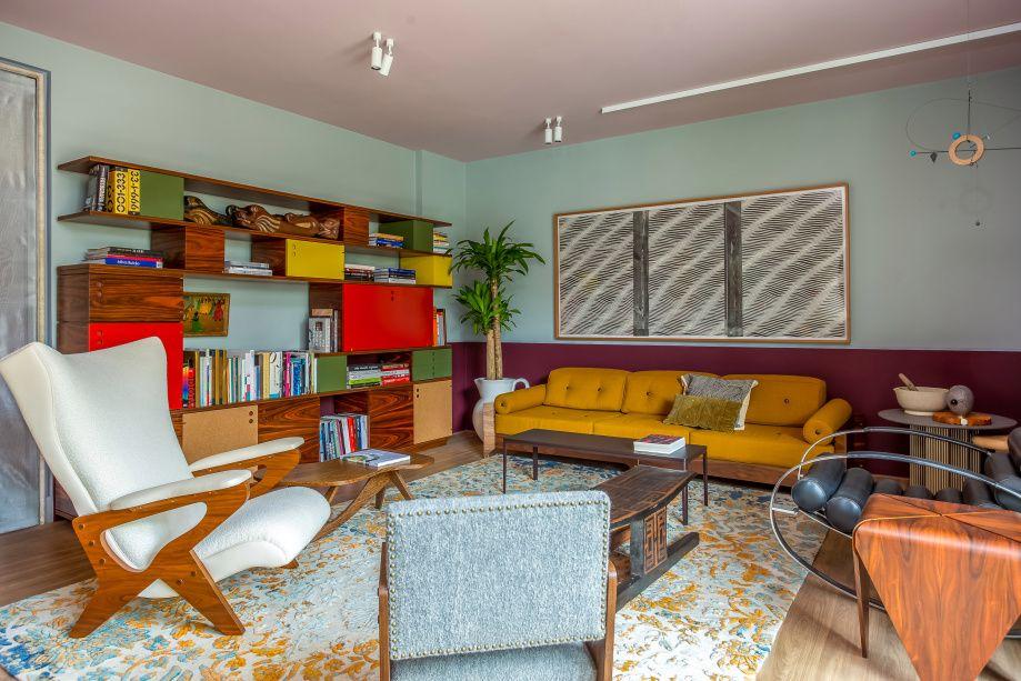 sala colorida de Pedro Lazaro para o Hotel Coral