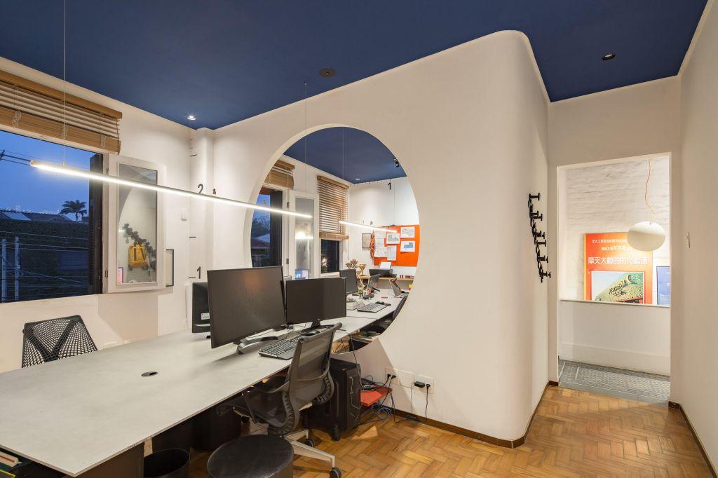 Projeto de escritório por Fernando Brandão
