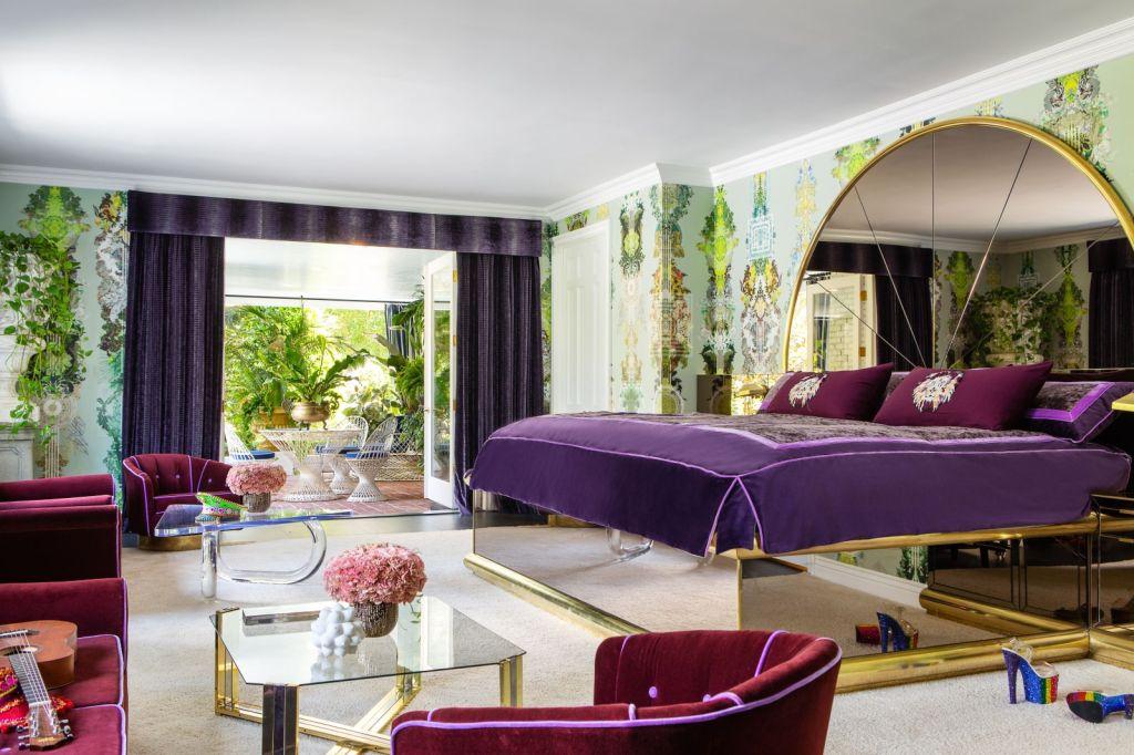 Cara Delevingne; casa; arquitetura; decoração colorida; diversão; los angeles; casa de famosos;
