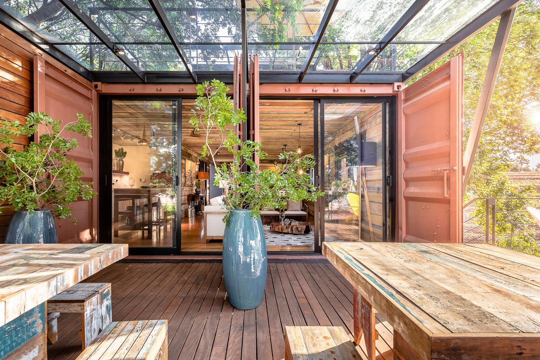 a casa suspensa casa container marilia