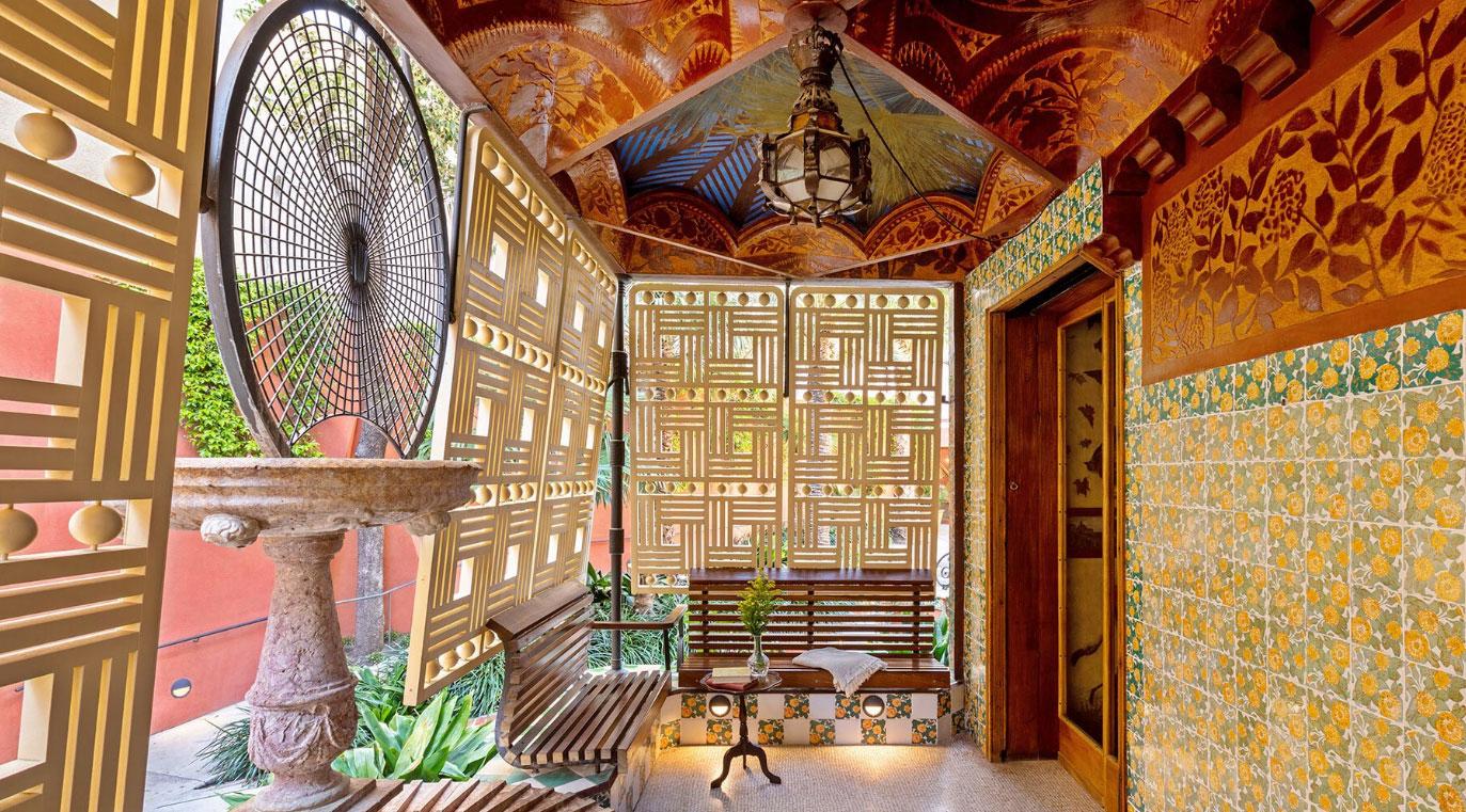 casa vicens gaudi barcelona abre para hospedagem airbnb