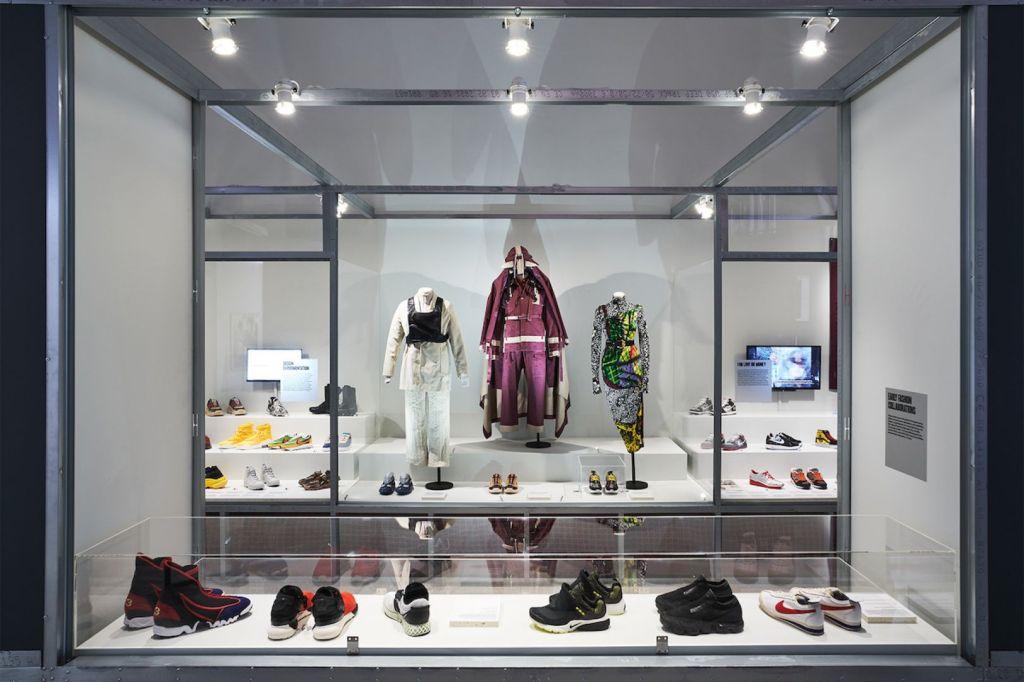 tenis; cultura e entretenimento; moda; historia do tenis; museu do design londres