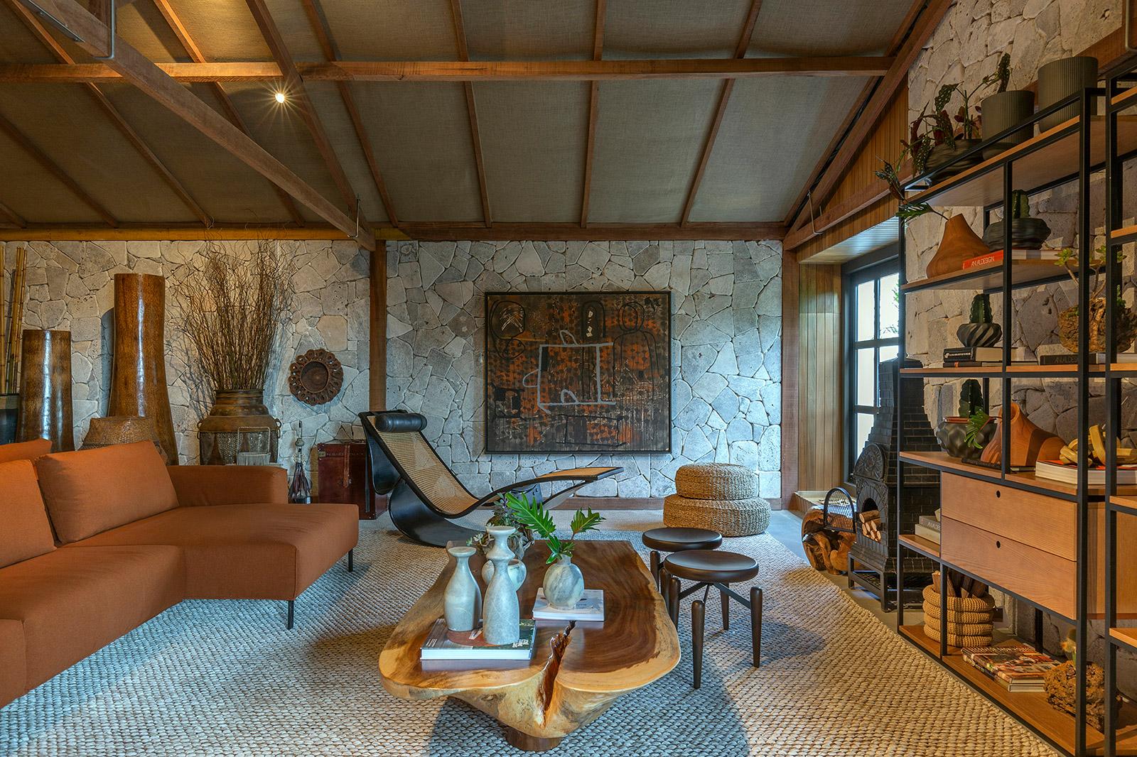 Casa da Mata Fabíola Naoum Wilker Godoi CASACOR Goiás 2021 campo rustico madeira decoração