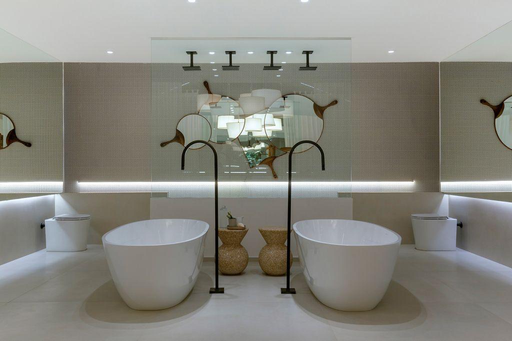 Sala de Banho Aldeia Leo Romano CASACOR Goiás banheiro espelho spa design