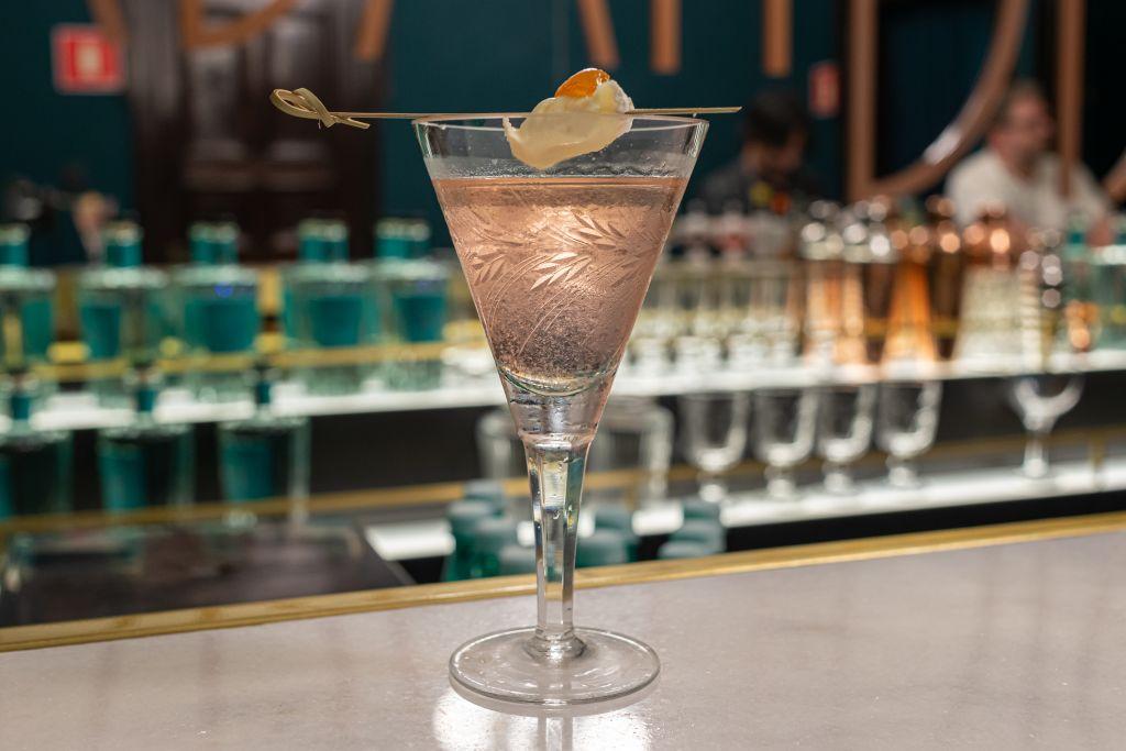Bar Speakeasy Urban Distillery