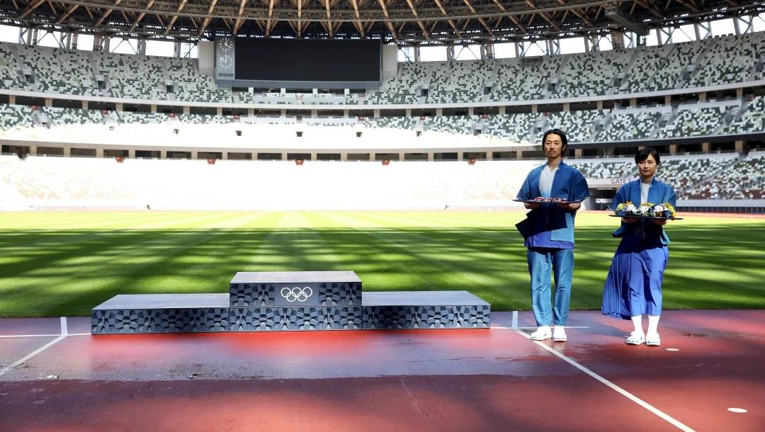 Podio das Olimpíadas de Tokyo 2020 é feito de plástico reciclável.
