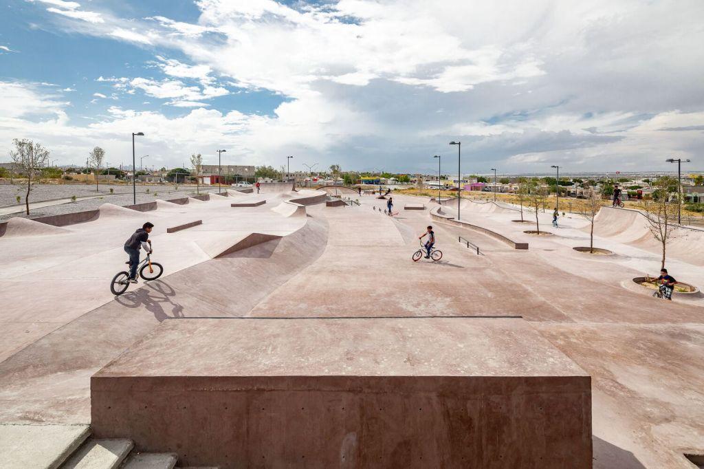 skatepark; méxico; arquitetura; deserto; centro urbano