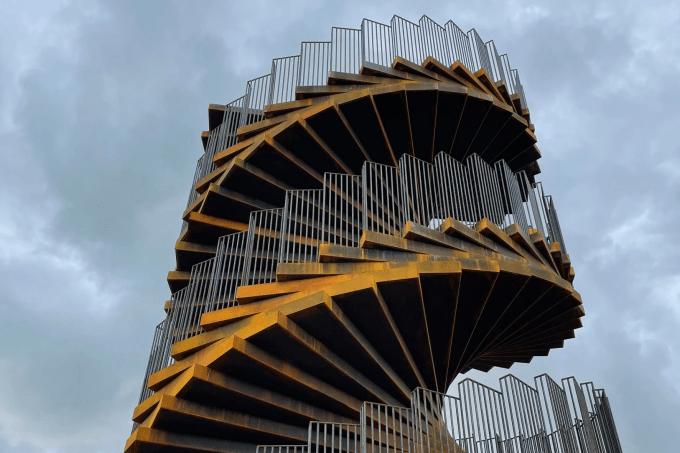 torre-de-aco-big-arquitetura