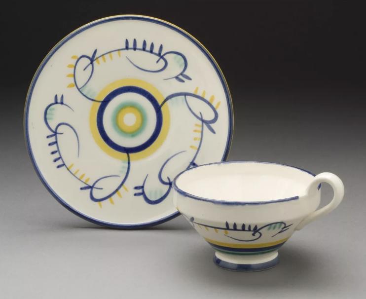 Margarete Heymann-Marks, Kandinsky Inspired Teacup , 1929. Cortesia de The Ellen Palevsky Cup Collection, presente de Max Palevsky.
