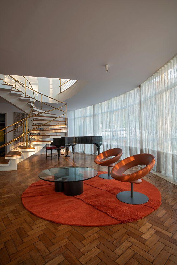 Sala de Estar JK Juliana Lima VasconcellosCASACOR Minas Gerais 2021 design arte mangabeira madeira