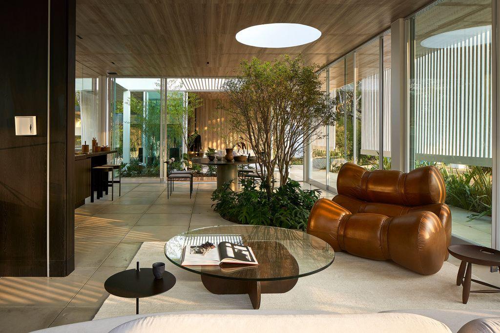 Casa da Serra Júnior Piacesi CASACOR Minas Gerais 2021 jardim jabuticabeira refúgio modular