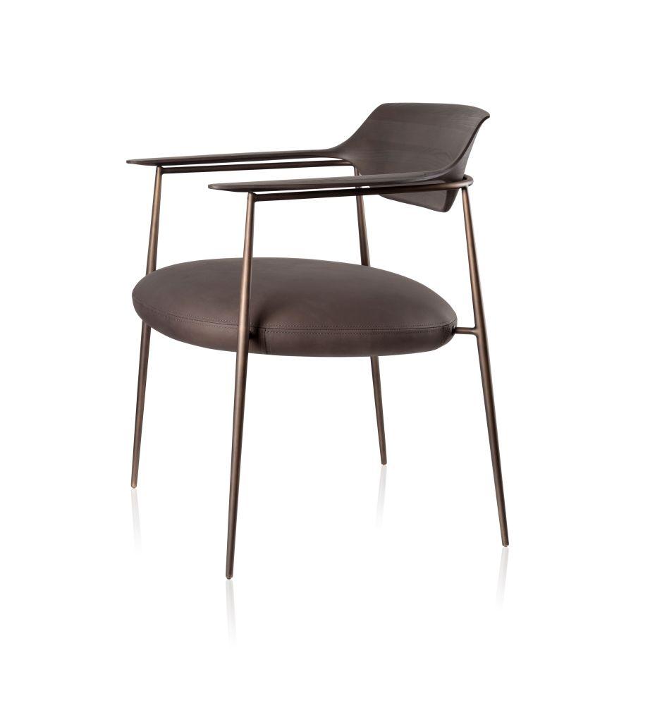 Cadeira Ella por Jader Almeida