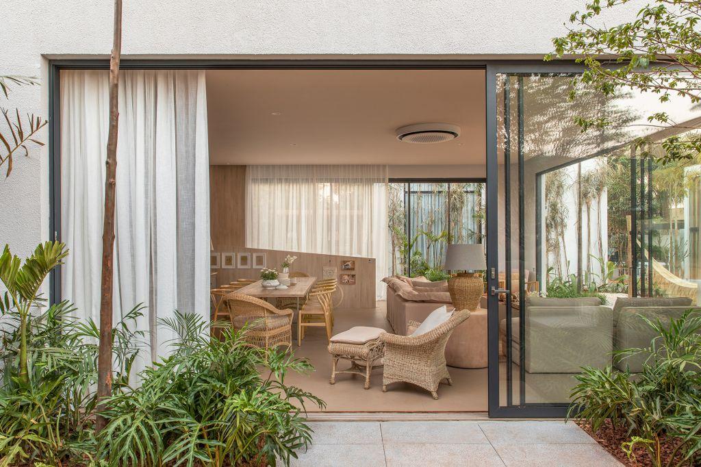 Frezza & Figueiredo Arquitetura e Interiores - Casa Elos,, projeto da CASACOR Ribeirão Preto 2021.