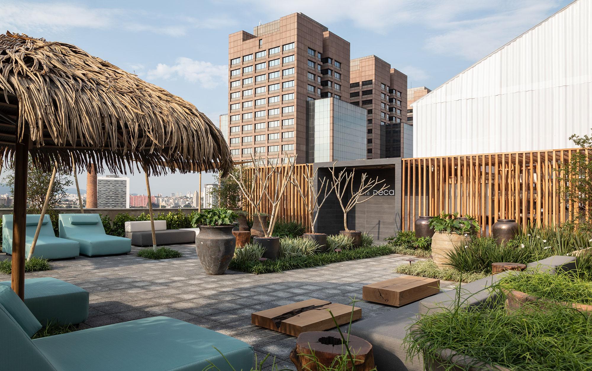 Catê Poli e João Jadão - Rooftop CASACOR, projeto da CASACOR São Paulo 2021.