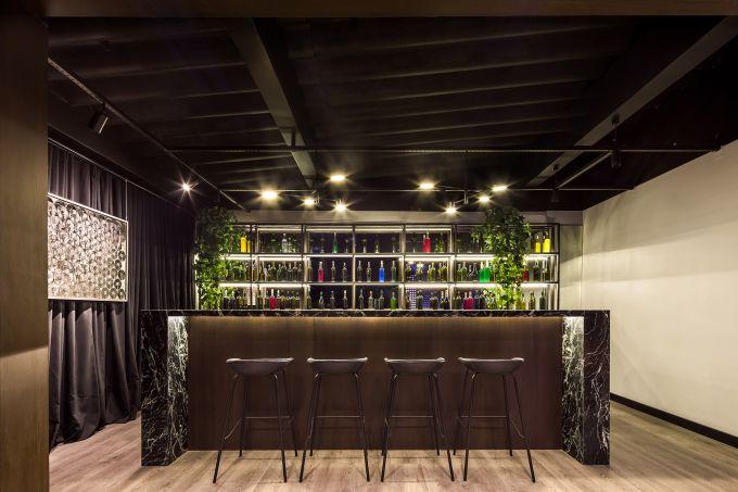 Arthur Calliari – Gin Bar e Lavabo Social