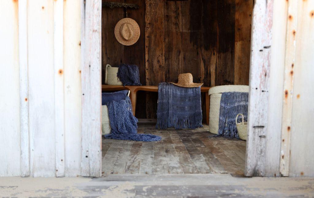 juliana pippi; coleção de mantas, almofadas; cores neutras e claras; decoração; home decor